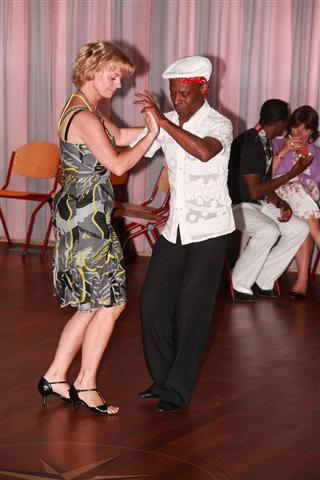 salsa-cuban-party-2010-1