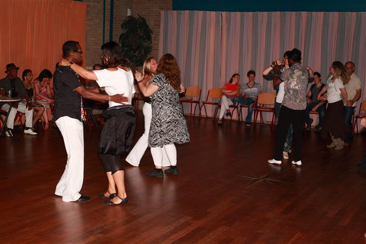salsa-cuban-party-2010-4